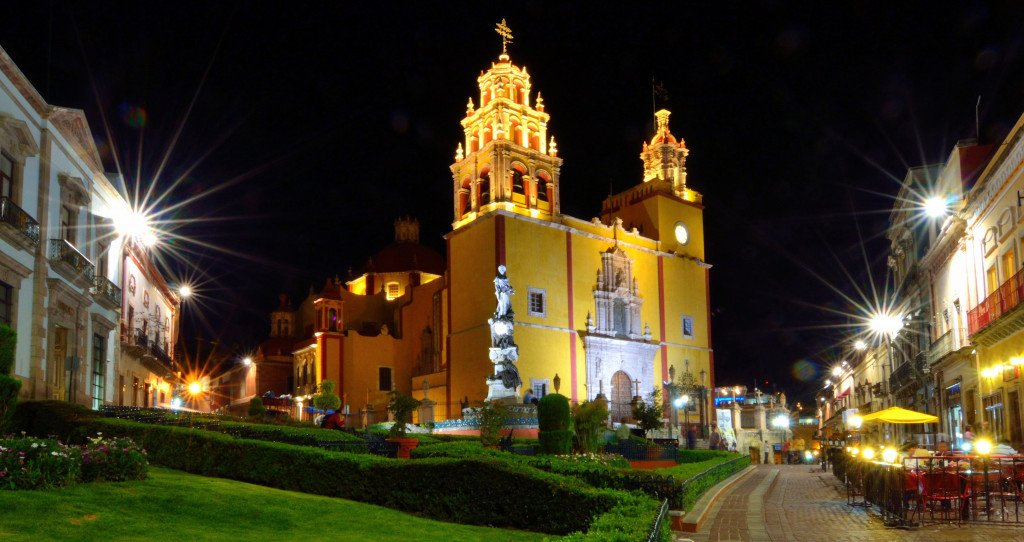 Guanajato - Plaza de la Paz ©Russ Bowling