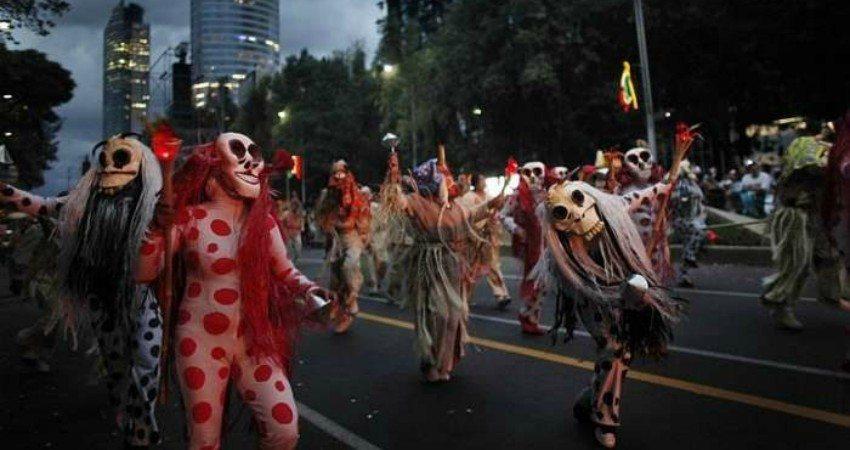 Défilé de la Fête des morts Mexique, Mexico City ©Marcos Chierici