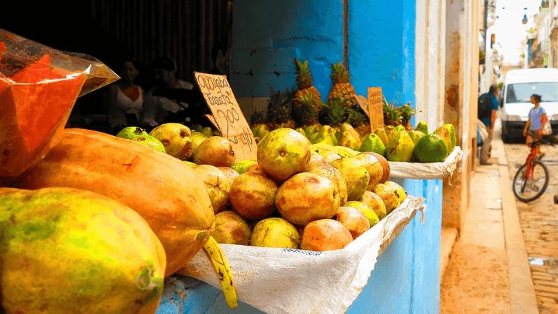 Marchand de fruits à Cuba - Max Pixel