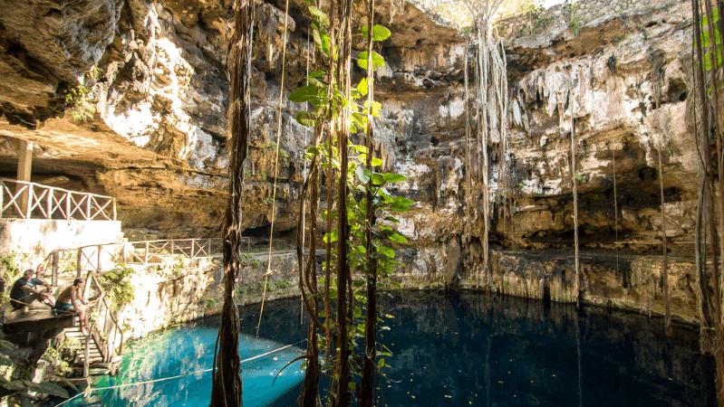 Le cenote Oxman - Flickr : Andrea Schaffer